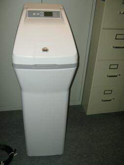 NEW, NO BOX GE Water Softener System 30,000 Grain Capacity P
